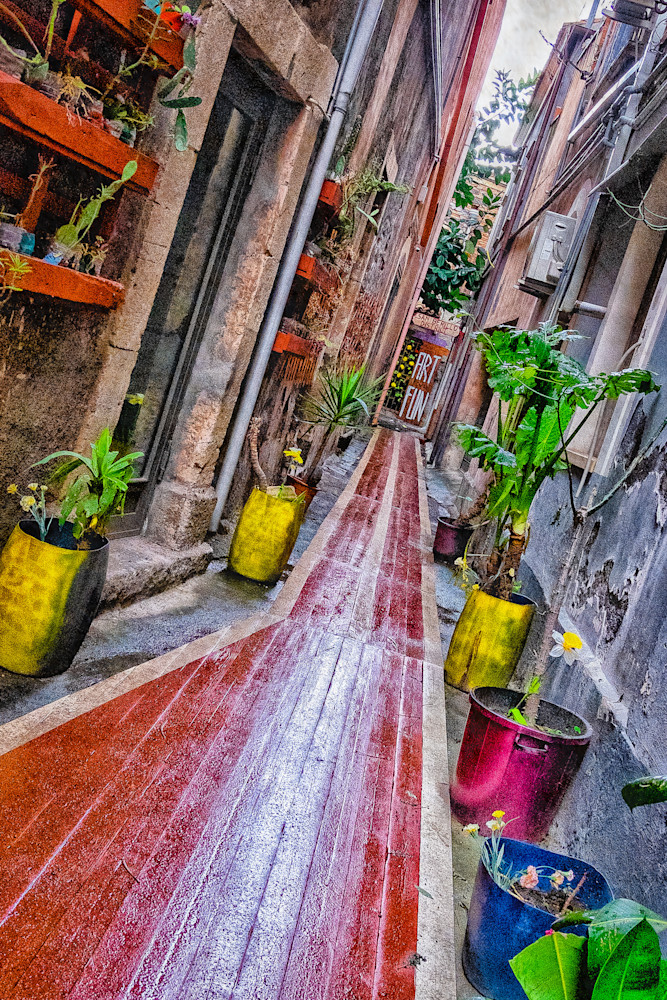 One of a thousand alleys in Catania, Sicily