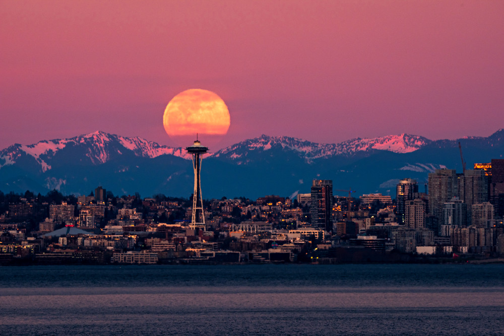 Super moon and Space Needle