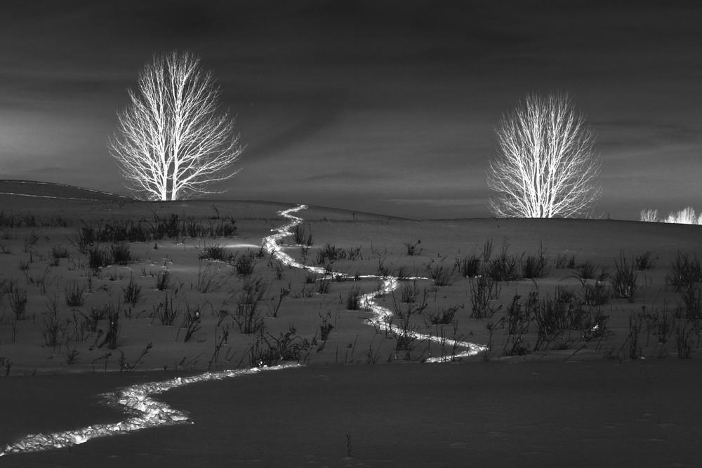 The Glowing Path