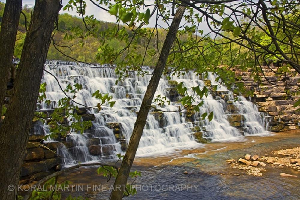 Devils Den Waterfall 9719 SRGB     Photograph | Waterfall  Photography |  Koral Martin Fine Art Photography