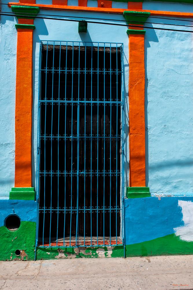 DP616 Santa Marta Blue Door