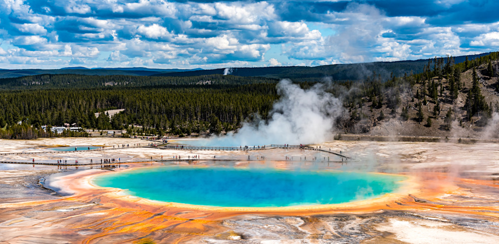 Grand Prismatic Spring (cropped)