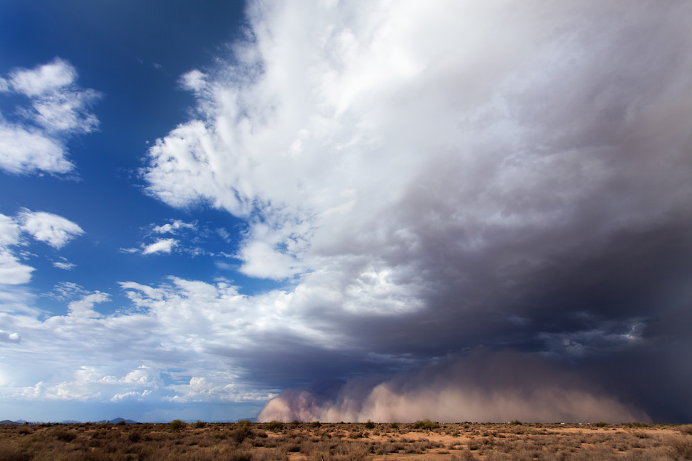 A haboob rolls through Phoenix