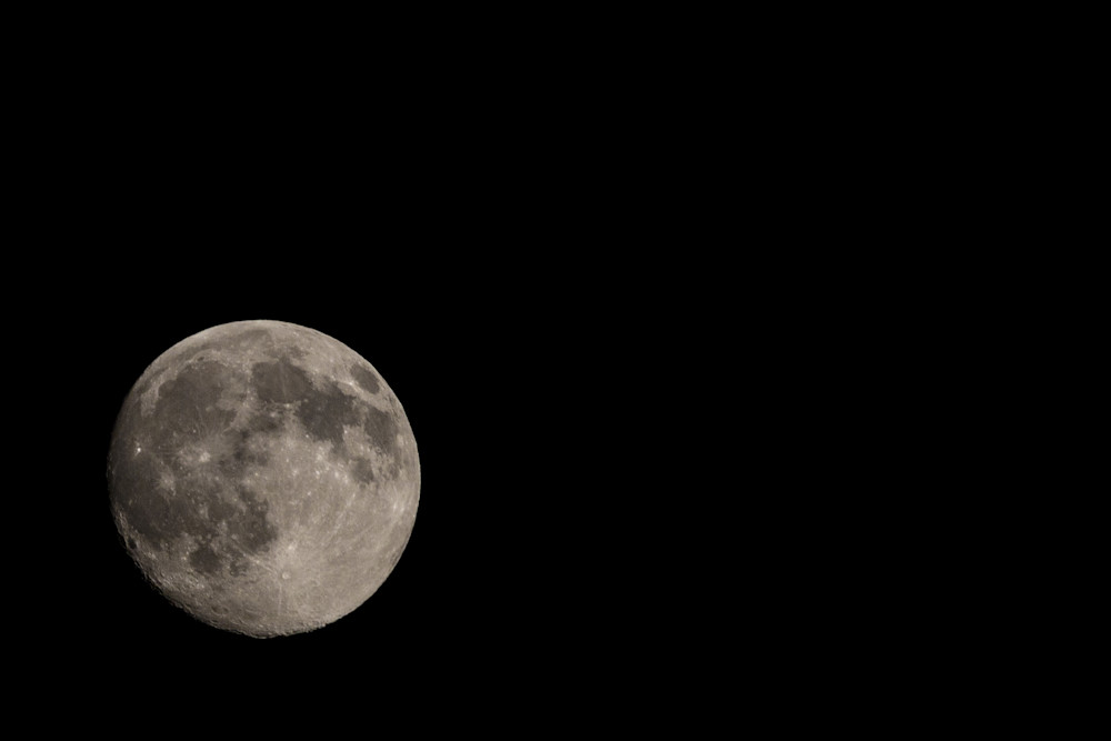 Images of Earth's Moon | Nathan Larson Photography | Astrophotography, fine art prints, lunar photographs and commercial photography.