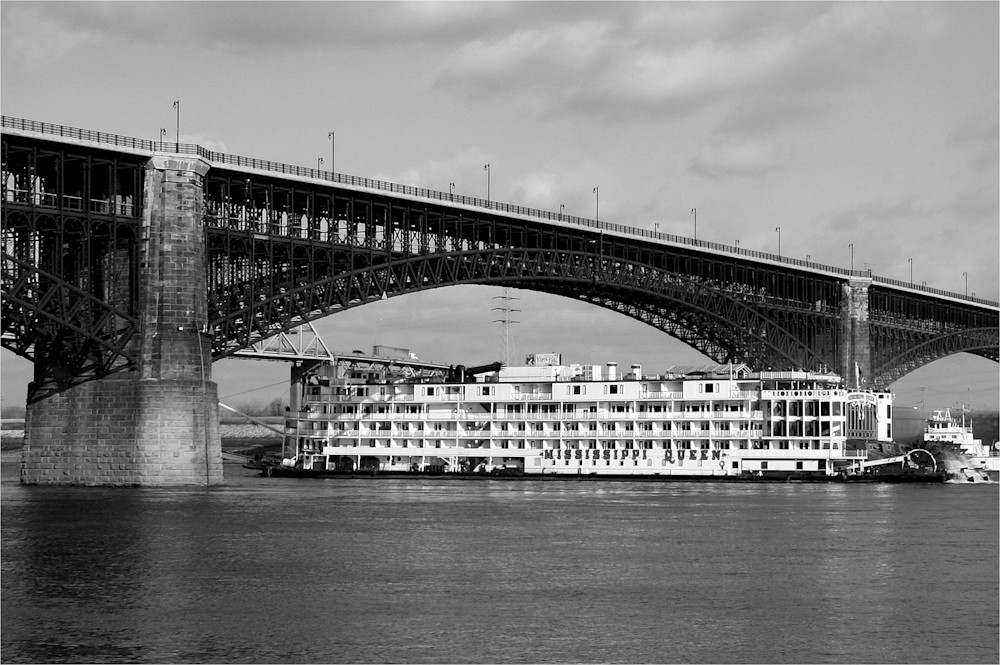 Mississippi Queen Riverboat At The Historic Eads Bridge Art | Moore Design Group