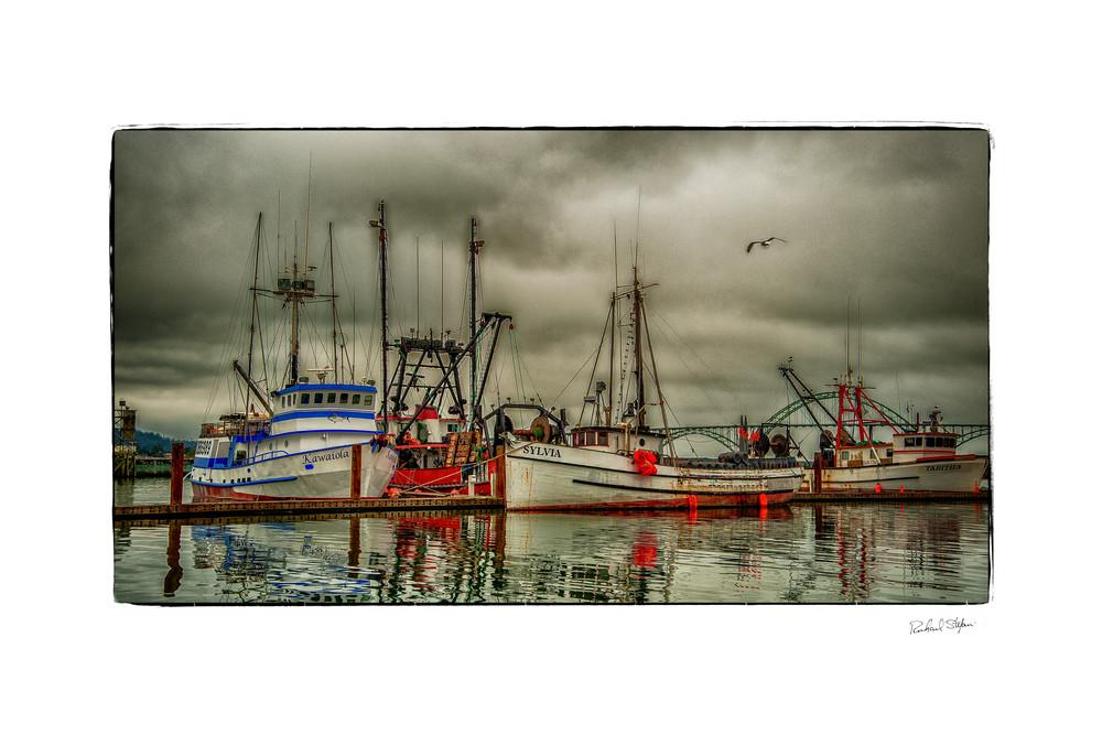 Stormy Afternoon – Newport Oregon photo art print by Richard Stefani