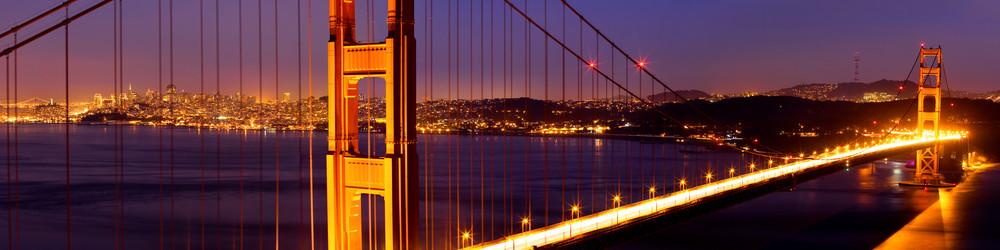 SKYLINE & BRIDGE BY NIGHT