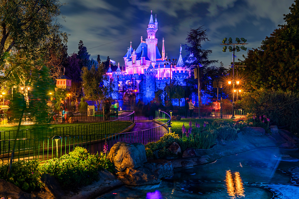The Path to Sleeping Beauty Castle - Disneyland Images