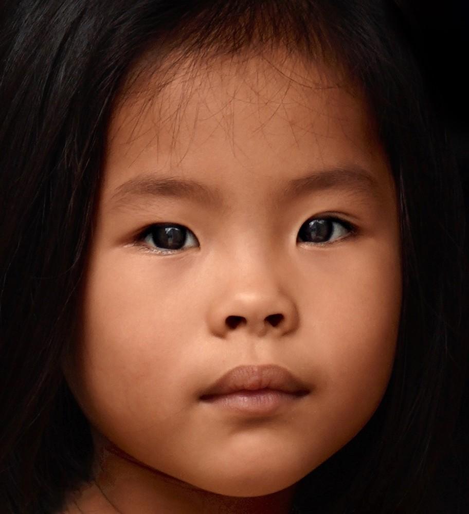 Vietnamese Girl Art | Danny Johananoff
