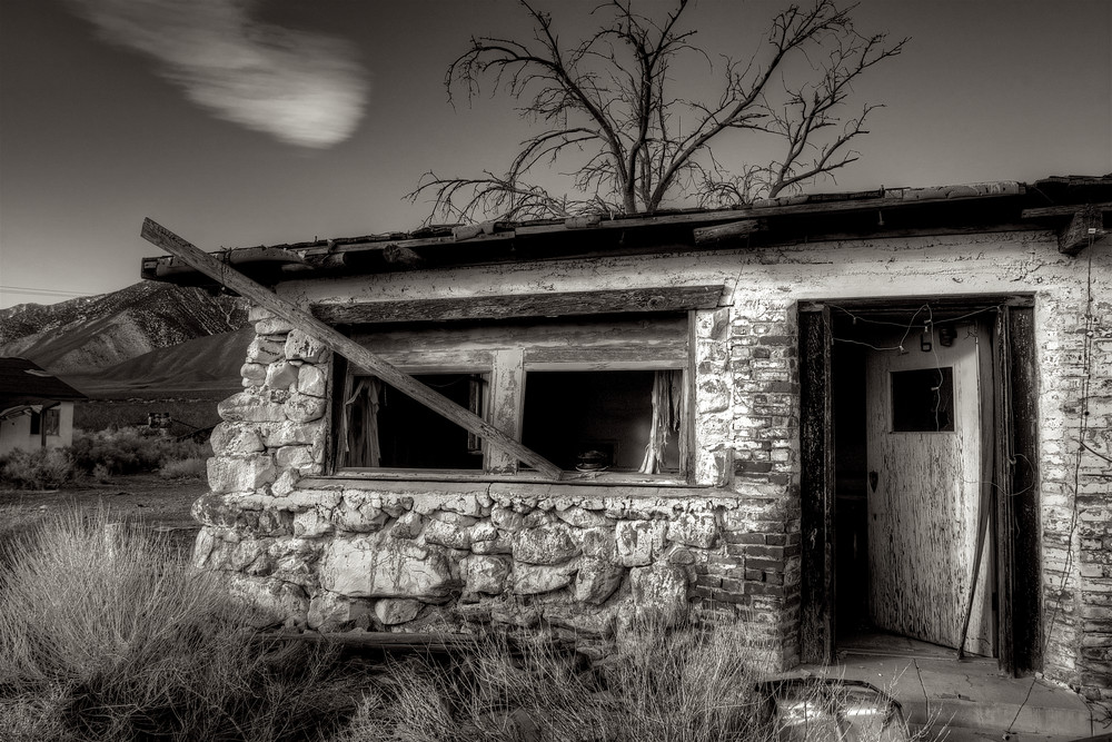 Rural Desert Shack Art | Shaun McGrath Photography