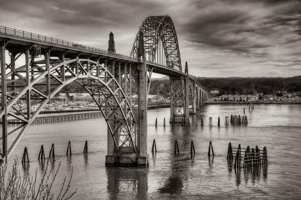 Yaquina Bay Bridge in B&W