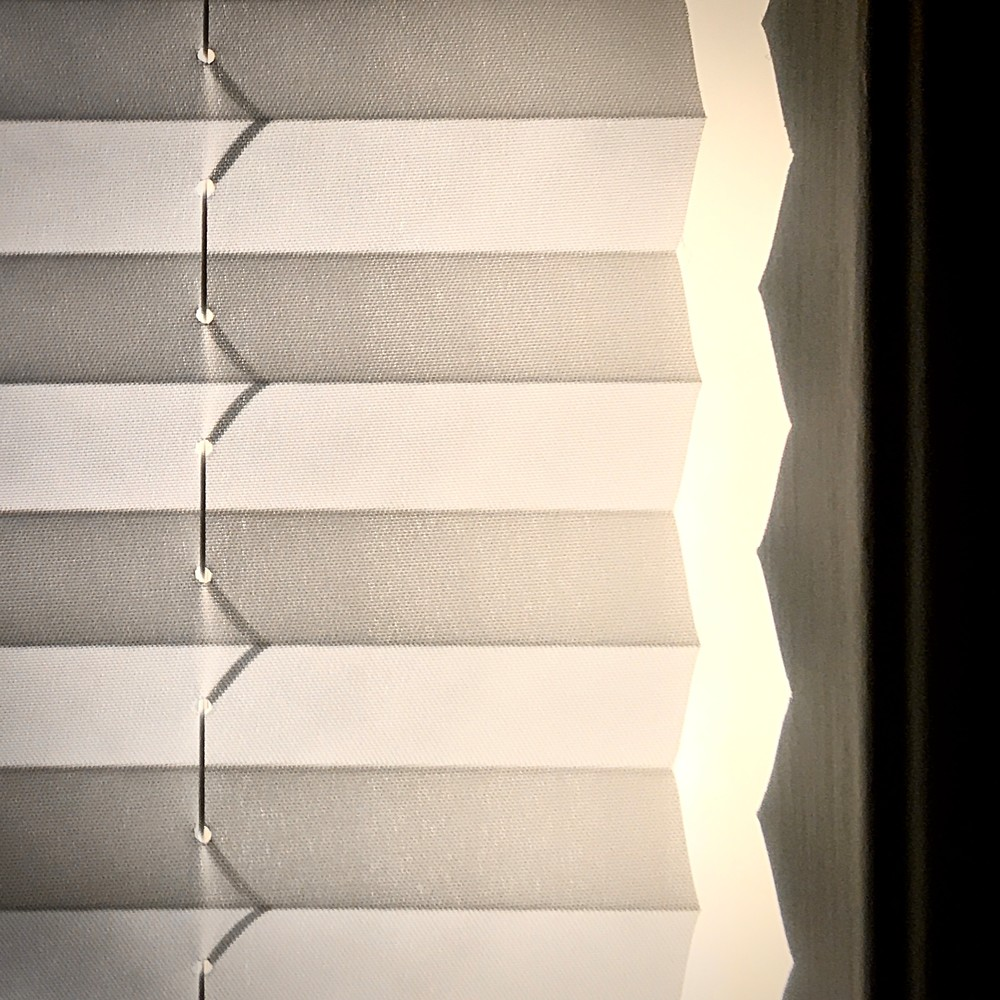 Window Shade Zig Zag