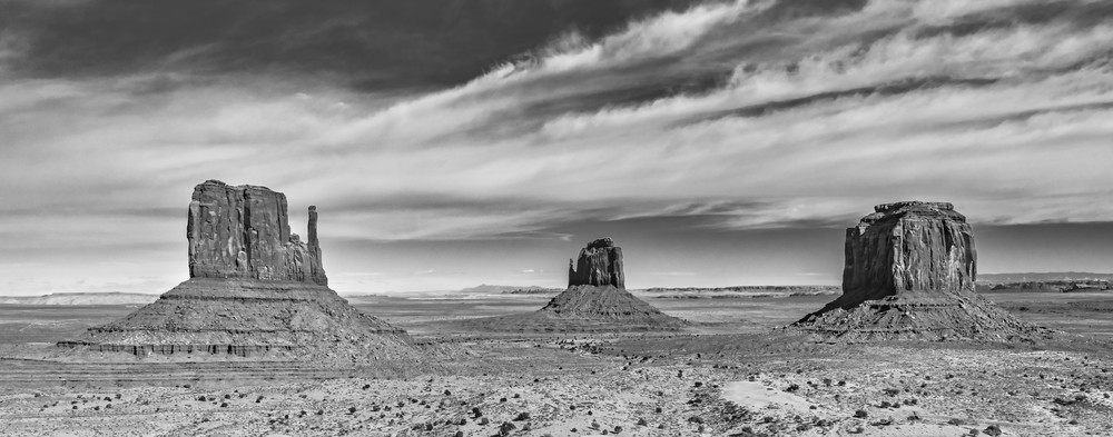 Monument Valley Pedestals Photography Art | Andy Crawford Photography - Fine-art photography