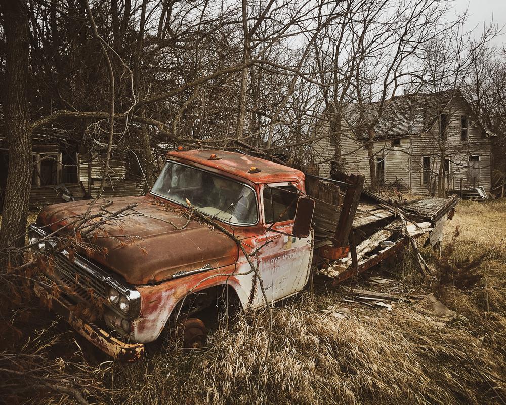 Lloyd's Truck Photography Art | Happy Hogtor Photography