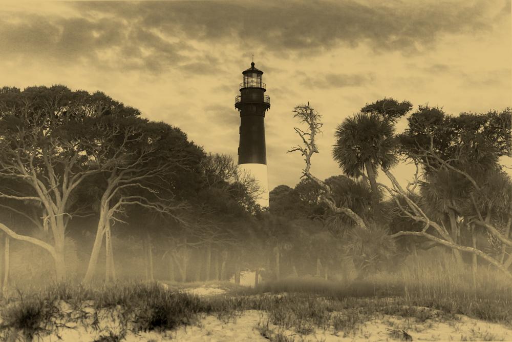golden_lighthouse_fog