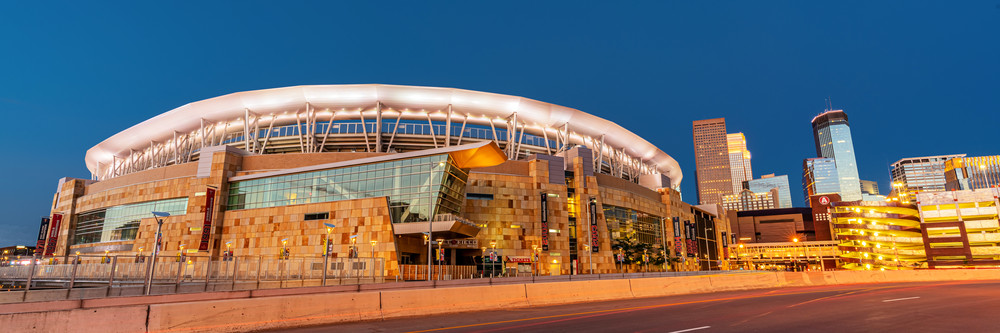 Target Field And The Minneapolis Skyline Photography Art   William Drew Photography