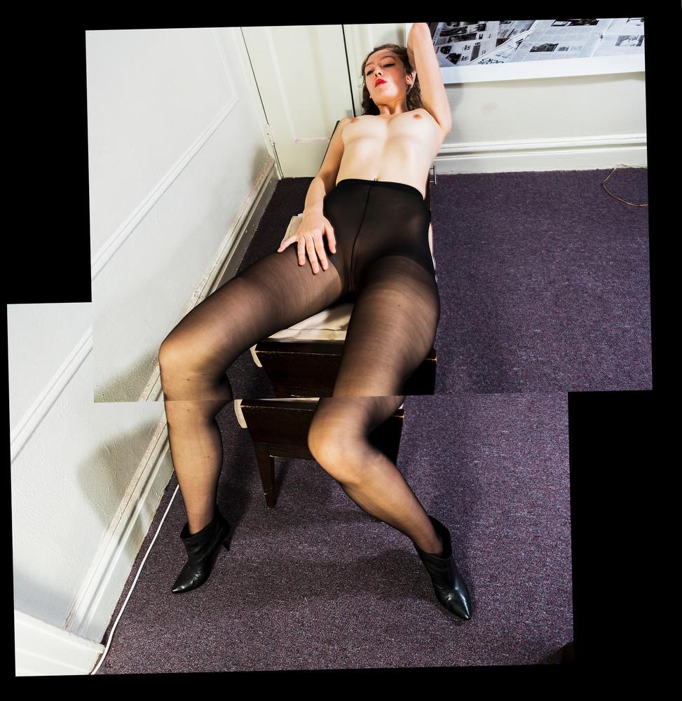 Black Stockings  Art | Gaspar Marquez