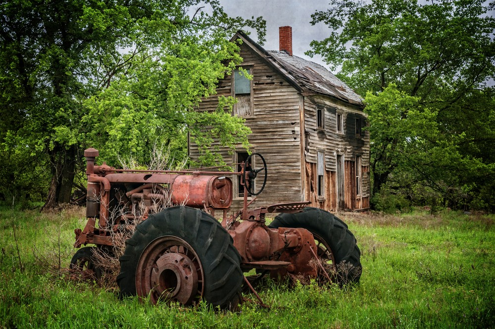 Lifeless Farmhouse Photography Art | Ken Smith Gallery