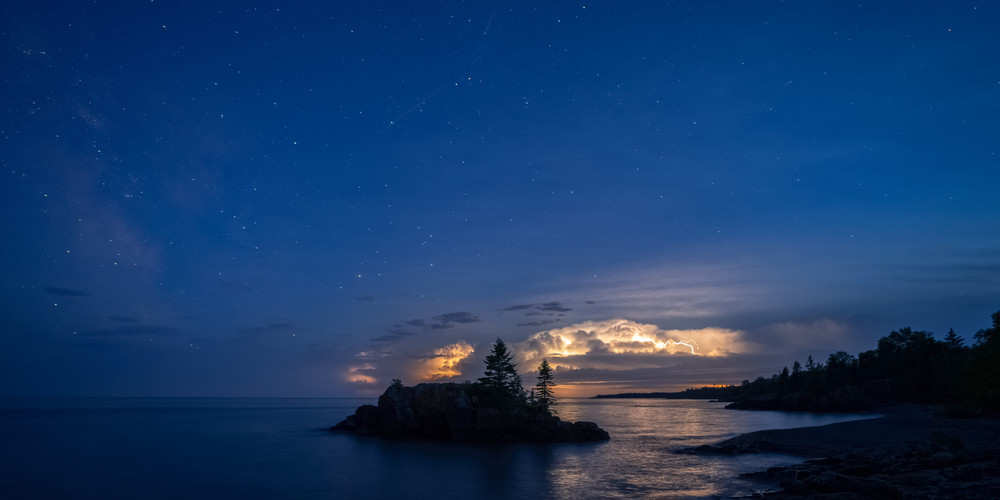 Stars Meteors Lightning And Hollow Rock Photography Art | William Drew Photography