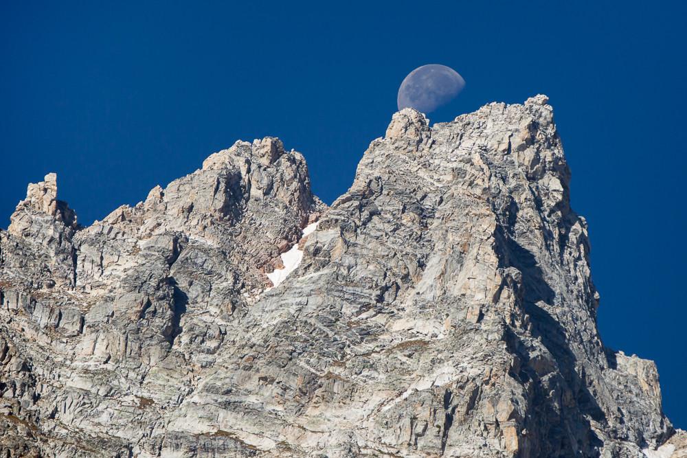 Teewinot Moonrise