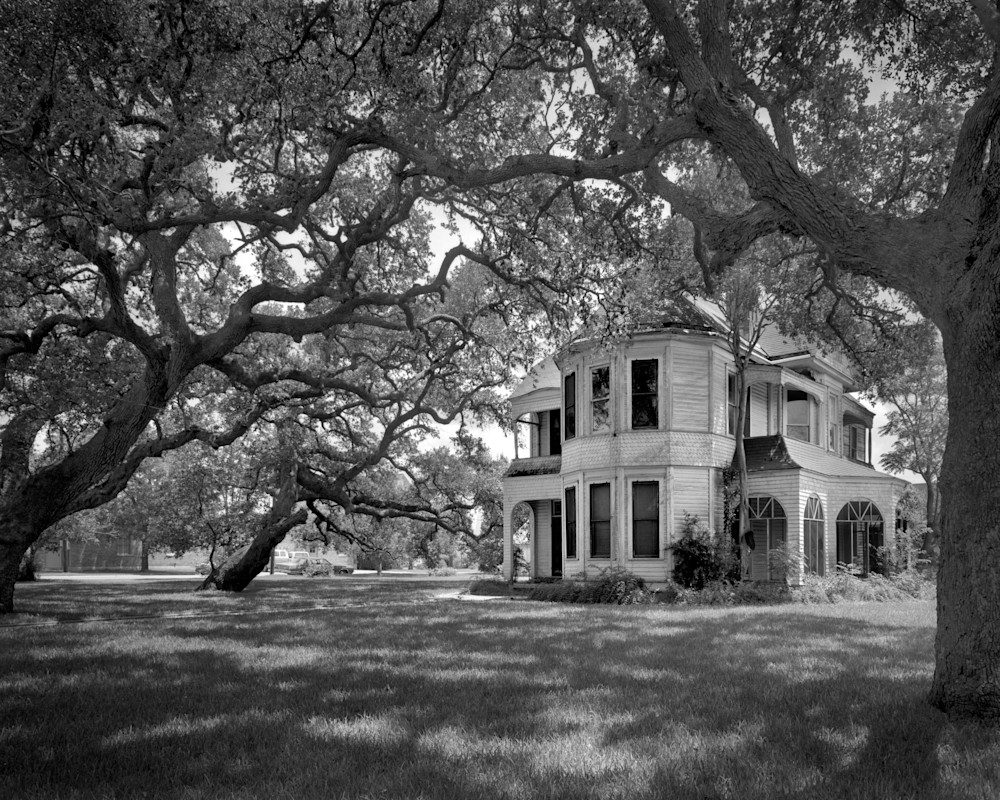 David Cogswell Proctor House, 1893, Cuero, Texas (1975) Photography Art | Rick Gardner Photography