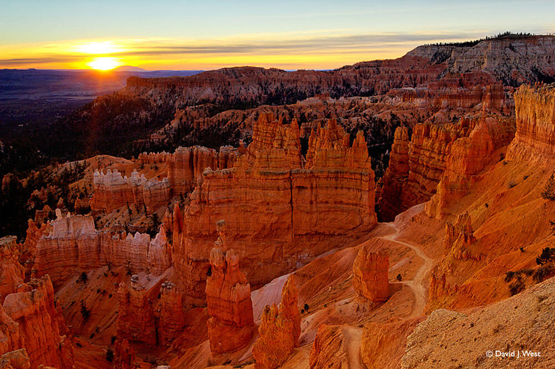 Bryce canyon dawn for Cabine vicino a bryce canyon