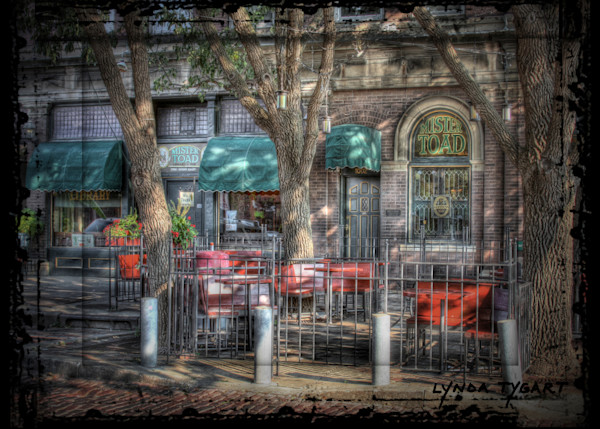 Lynda Tygart Mr. Toad Pub Old Market Omaha Nebraska – Fine Art Photographs Prints on Canvas, Paper, Metal and More.