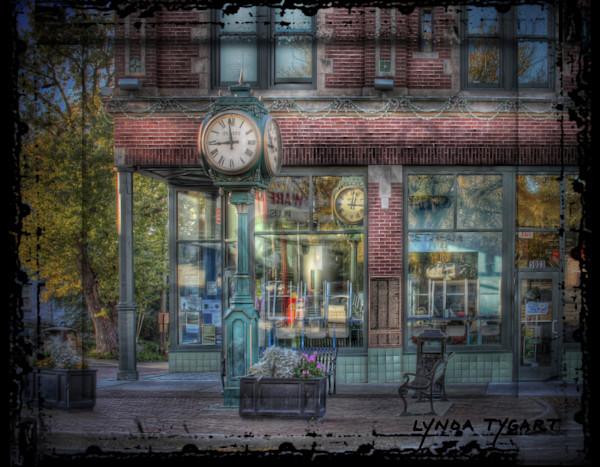 Lynda Tygart Dundee Clock Omaha Nebraska – Fine Art Photographs Prints on Canvas, Paper, Metal and More.
