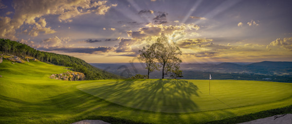 McLemore's 18th Hole - Golf Digest's Best Finishing Hole Built in the USA since 2000