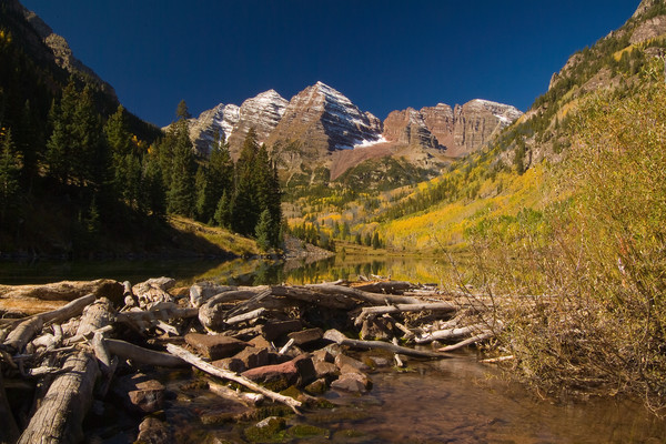 Mountain Light Images, Maroon Bells, Colorado, Lake, Fall, Fall colors, sun, aspen trees, park
