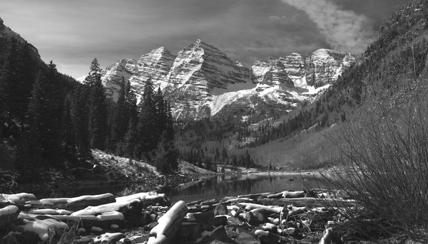 Mountain Light Images, Maroon Lake, water, peaks, 14ers, park, bw, black and white