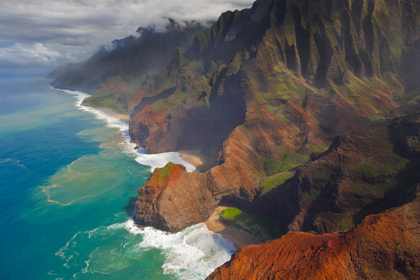 Hawaii Landscape Photography | Na Pali Coast by Leighton Lum