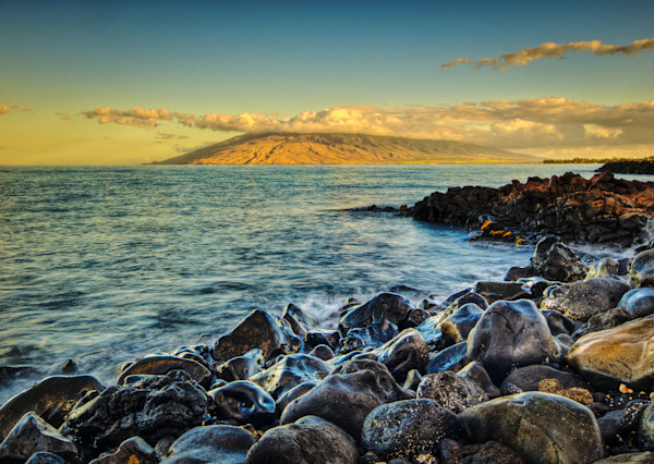 Beach at Ka'anapali Fine Art Photograph by Robert Lott