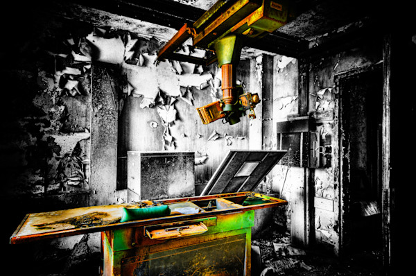 X-Ray Table Fine Art Photograph | JustBob Images