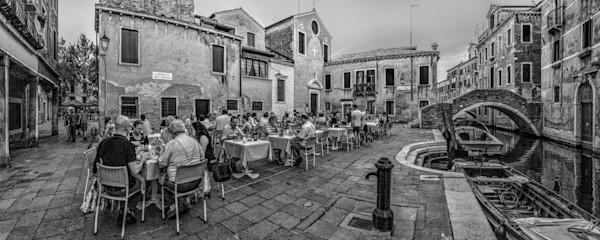 Campiello Del Piovan - Venice - Italy B&W