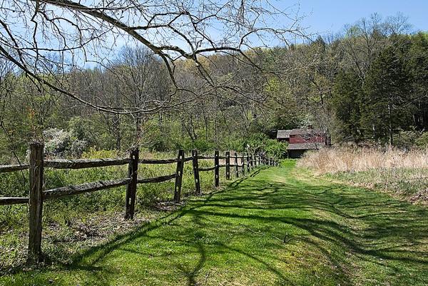Trail To The Audubon Barn