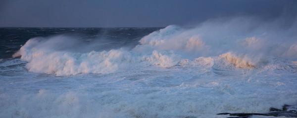 big waves sunset panorama