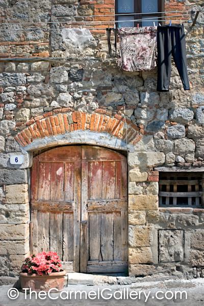 Door 6 Monteriggioni