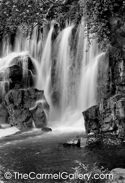 Wailea Waterfall BW