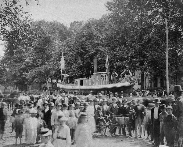 Parade on West Street