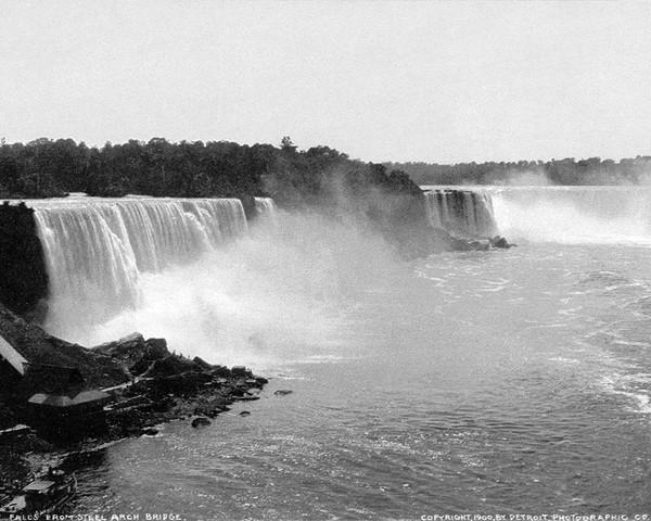 Niagara Falls from Steel Arch Bridge