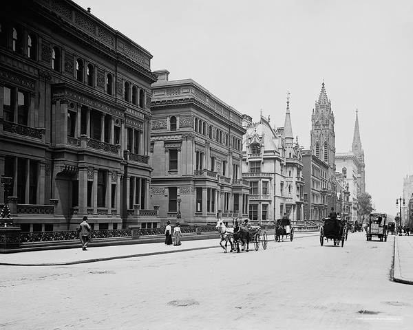Fifth Avenue, North From 51st Street