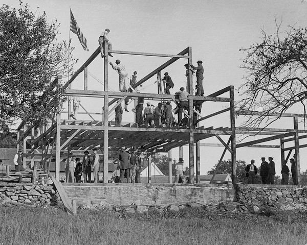 Burr Hawley Barn Raising