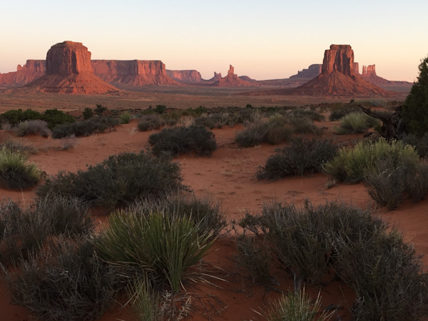 Monument Valley,Navjao,valley of the rocks, sunset