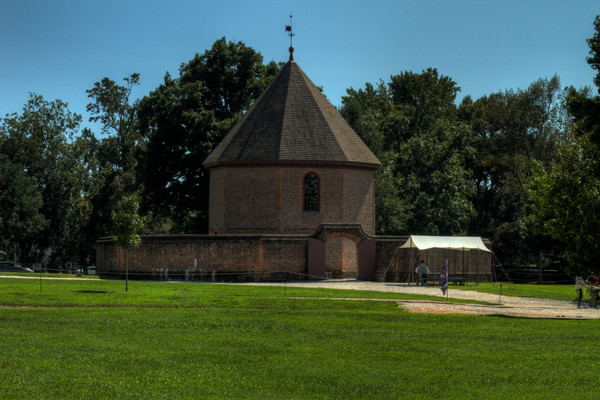 Fine Art Photographs of Colonial Williamsburg by Michael Pucciarelli