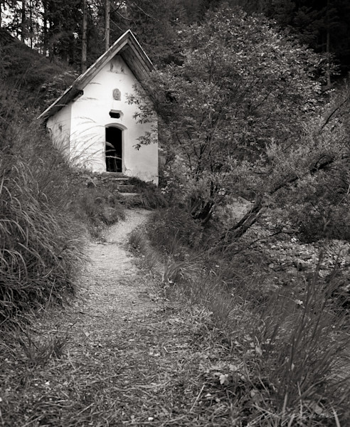 Path to the Chapel