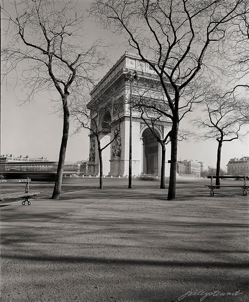 Arch de Triomphe, Winter