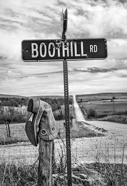 Boothill RD, the Kansas Flint Hills - bw