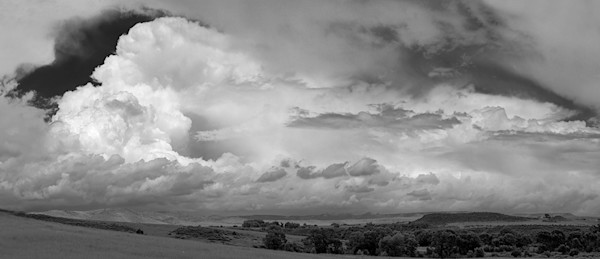 Ranch Land Thunderhead - bw