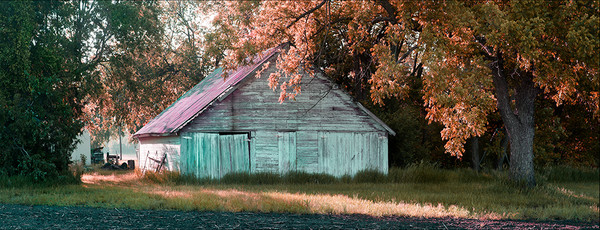 Outbuilding on 21st Street - color
